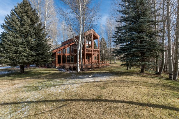 Single Family Residence, 2 Story - Sun Valley, ID