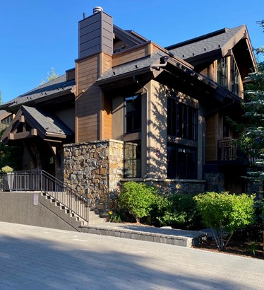Townhouse, 3 Story - Ketchum, ID