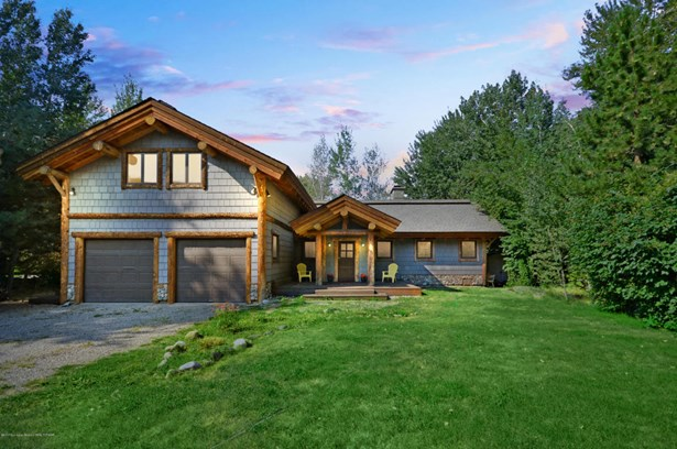 Single Family Residence, 2 Story,Lodge - Bellevue, ID (photo 1)