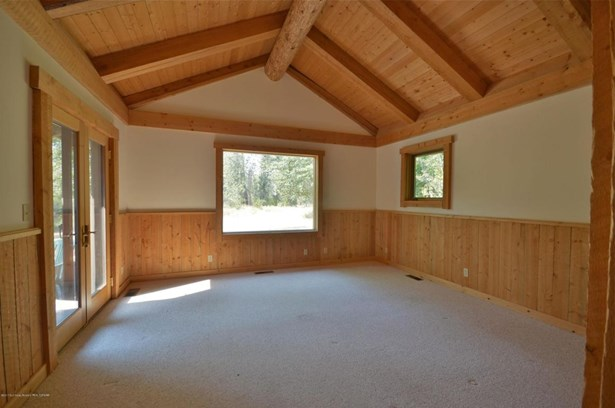 Single Family Residence, 2 Story,Lodge - Bellevue, ID (photo 5)