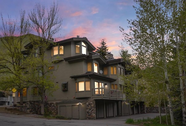 Condominium, 3 Story - Ketchum, ID (photo 1)