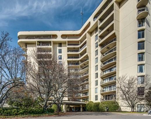 Condominium - Nashville, TN (photo 2)