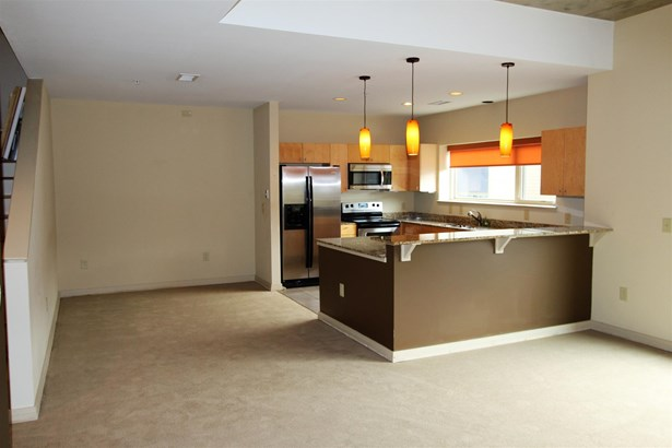 Condominium - Nashville, TN (photo 5)