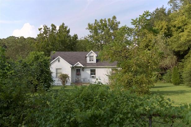 Site Built - Goodlettsville, TN (photo 1)