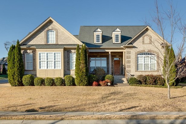 Site Built, Traditional - Spring Hill, TN (photo 1)