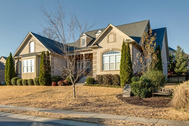 Site Built, Traditional - Spring Hill, TN (photo 2)