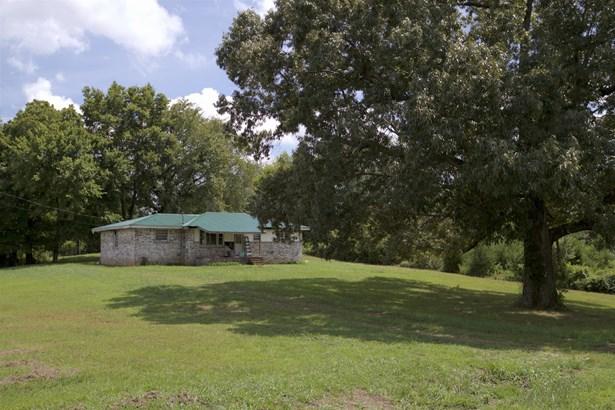Site Built - Ashland City, TN (photo 1)