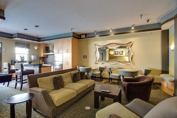 Condominium - Nashville, TN (photo 3)
