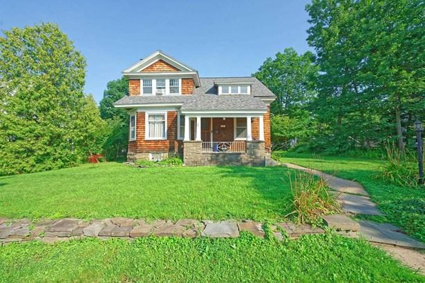 Cottage, Single Family - Schenectady, NY