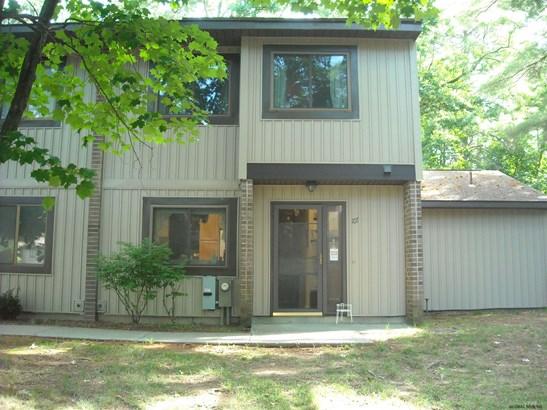 Condominium Unit,Townhouse, Single Family - Albany, NY