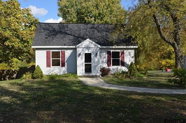 Residential Rental, Detached House - Clifton Park, NY