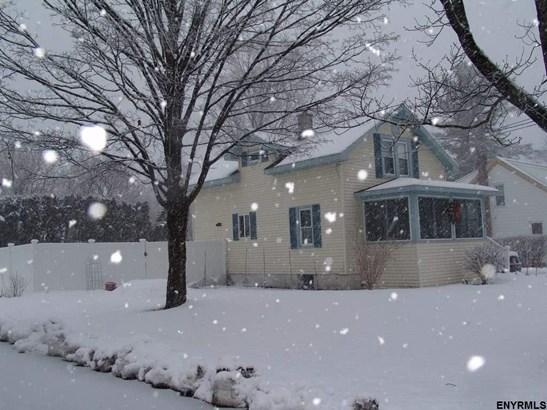 2 Story, Single Family - Glenville, NY (photo 1)