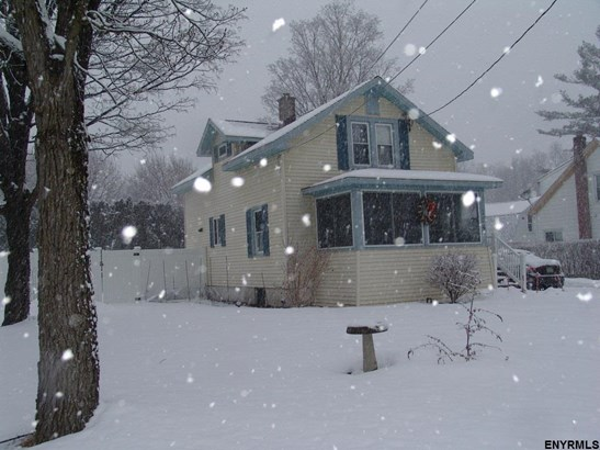 2 Story, Single Family - Glenville, NY (photo 2)