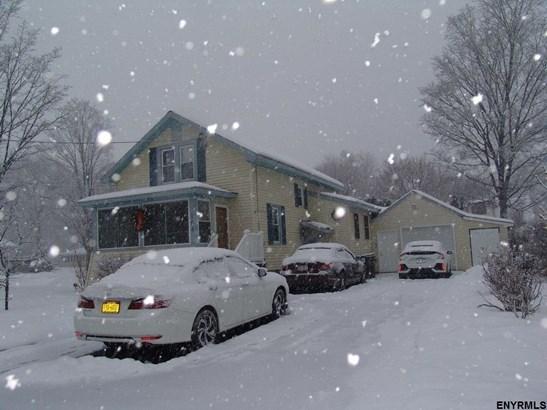 2 Story, Single Family - Glenville, NY (photo 3)