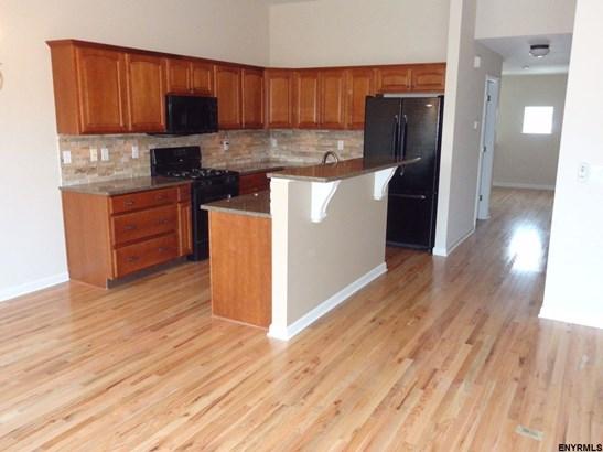 Condominium Unit, Residential Rental - Schenectady, NY (photo 1)