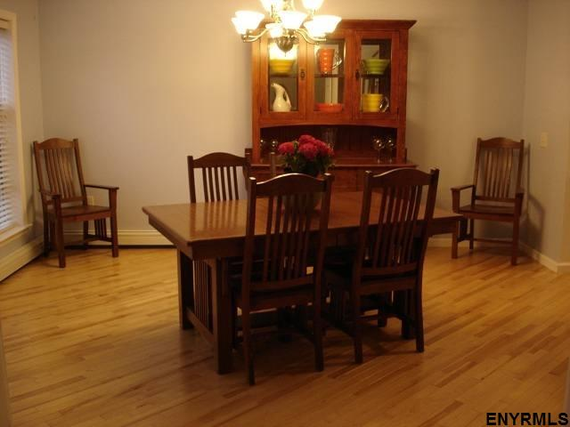 1 Family + In-Law, Single Family - East Greenbush, NY (photo 4)