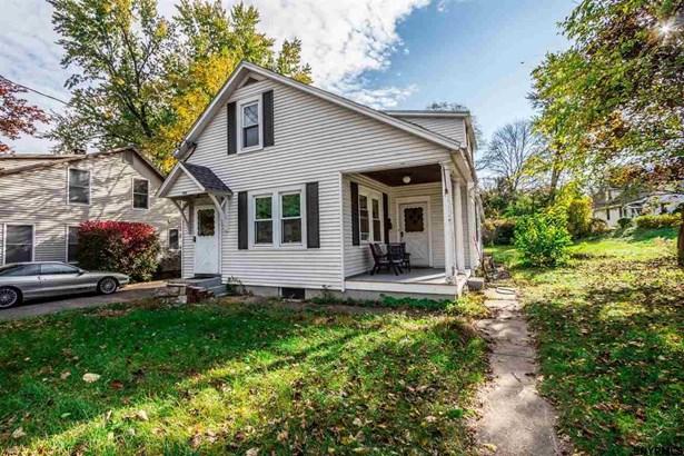 Cottage, Single Family - Schenectady, NY (photo 3)
