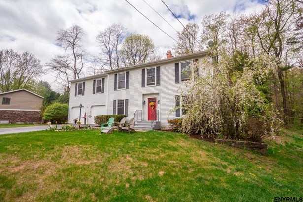 Colonial, Single Family - Guilderland TOV, NY (photo 2)
