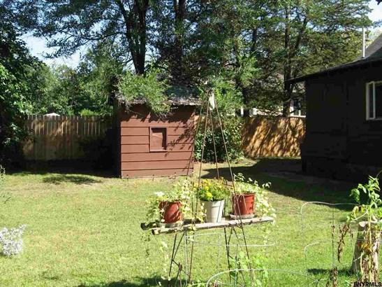 Cottage, Single Family - Schenectady, NY (photo 5)