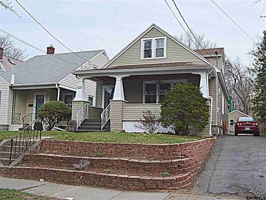 Bungalow, Single Family - Schenectady, NY (photo 2)