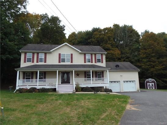 Colonial, Single Family - Walden, NY