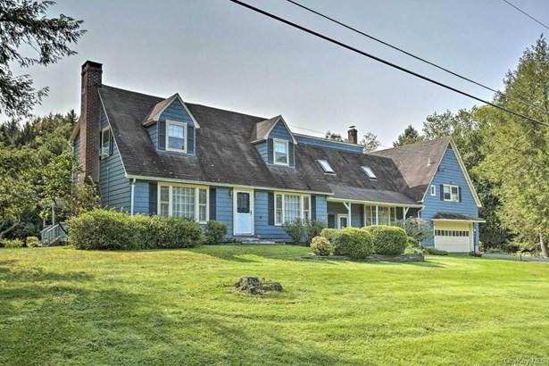 Single Family Residence, Farmhouse,Cape - Liberty, NY