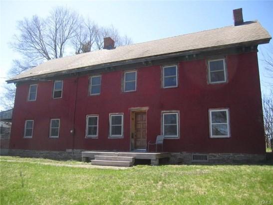 Colonial, Single Family - Modena, NY