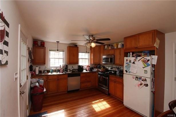 Capecod,Contemporary, Single Family - Pine Bush, NY (photo 4)