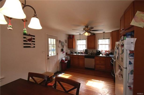 Capecod,Contemporary, Single Family - Pine Bush, NY (photo 5)