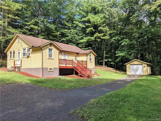 Ranch,Bungalow, Single Family Residence - Bloomingburg, NY
