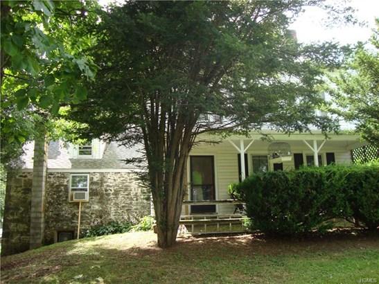 Colonial,Farm House, Single Family - Walden, NY (photo 4)