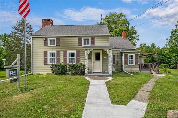 Single Family Residence - Wallkill, NY