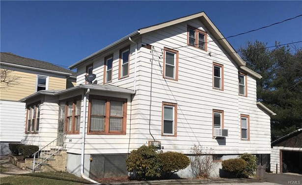 Two Story, Apartment - Middletown, NY (photo 1)
