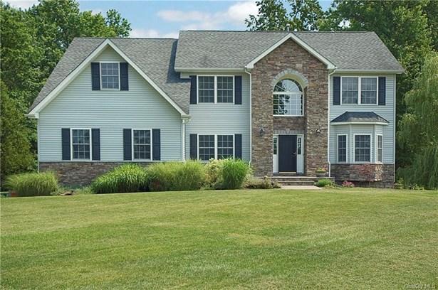 Single Family Residence, Colonial - Goshen, NY