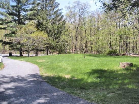 Two Story, Single Family - Pine Bush, NY (photo 3)