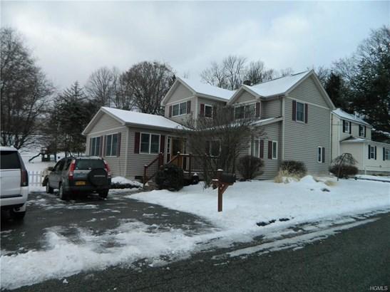 Colonial,Two Story, Single Family - Walden, NY (photo 3)
