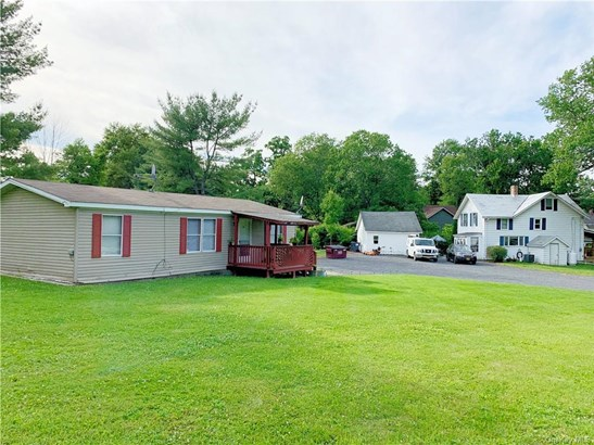 2 Story,Mobile Home With Property, Multi Family - Wallkill, NY