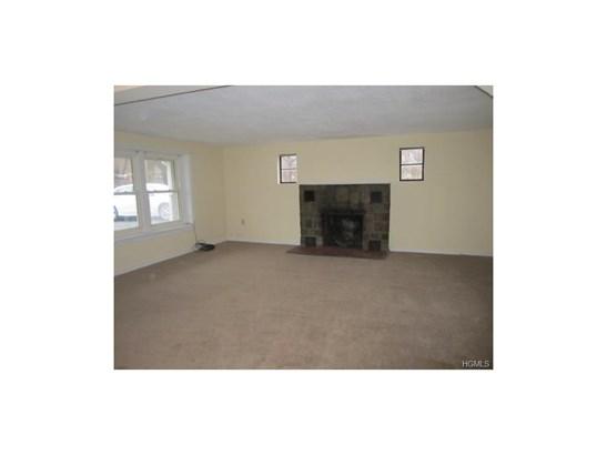 Rental, Ranch - New Windsor, NY (photo 2)