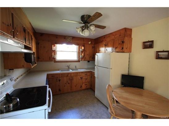 Ranch, Single Family - Montgomery, NY (photo 2)