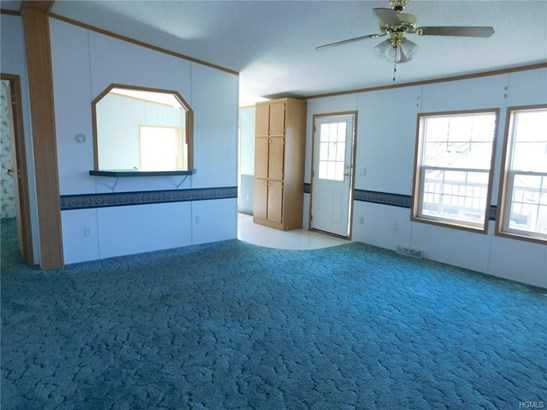 Mobile Home With Property, Single Family - Red Hook, NY