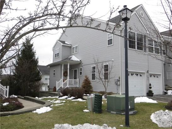 Condominium, Town House - New Windsor, NY (photo 2)