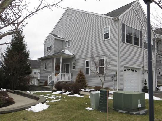 Condominium, Town House - New Windsor, NY (photo 3)