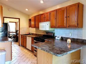 Contemporary,Ranch, Single Family - Middletown, NY