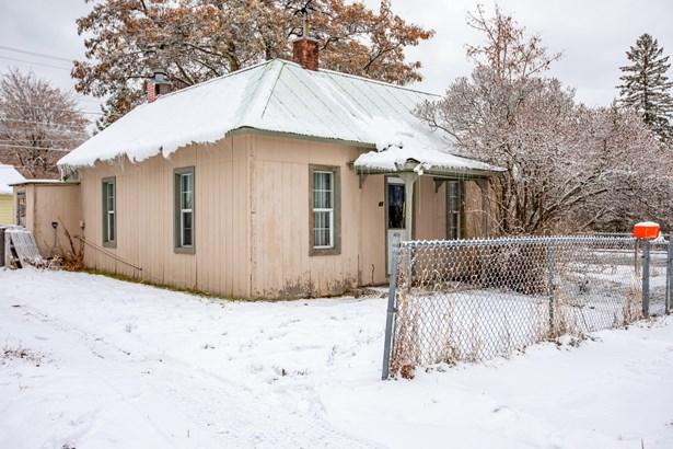 1 Story, Single Family Residence - Kalispell, MT