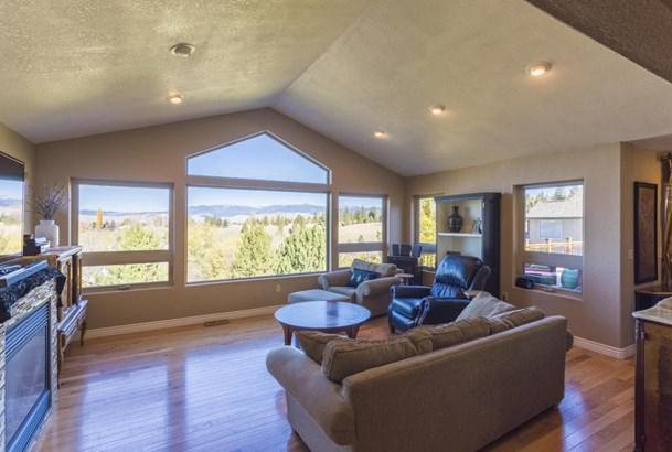 Single Family Residence, Ranch - Missoula, MT (photo 2)