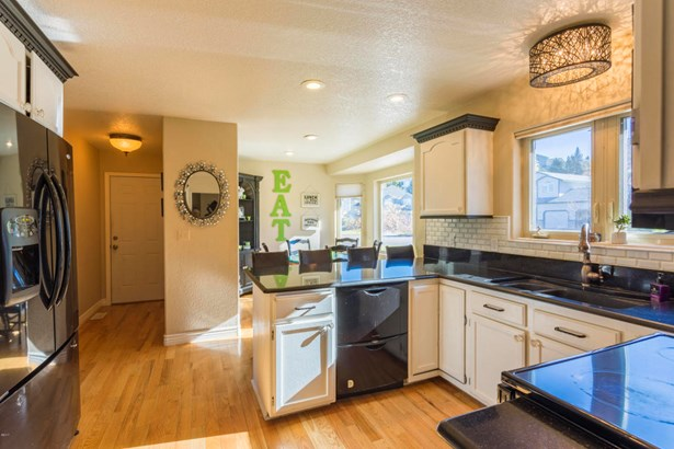 Single Family Residence, Ranch - Missoula, MT (photo 5)