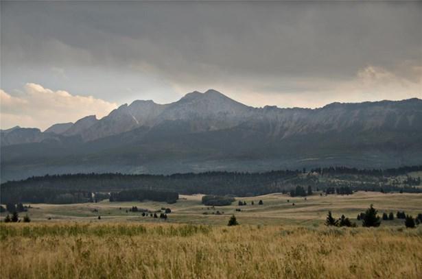 Land w/ Residence, Bungalow - Bozeman, MT (photo 3)