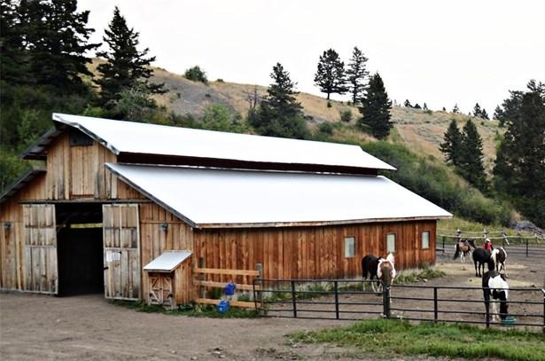 Land w/ Residence, Bungalow - Bozeman, MT (photo 4)