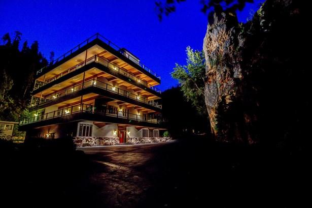 Single Family Residence, Tri/Multi Level - Hamilton, MT (photo 2)