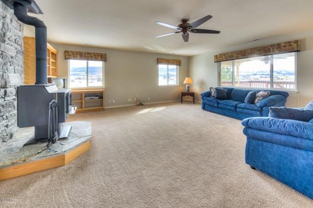 Single Family Residence, 1.5-2 Stories - Corvallis, MT (photo 5)